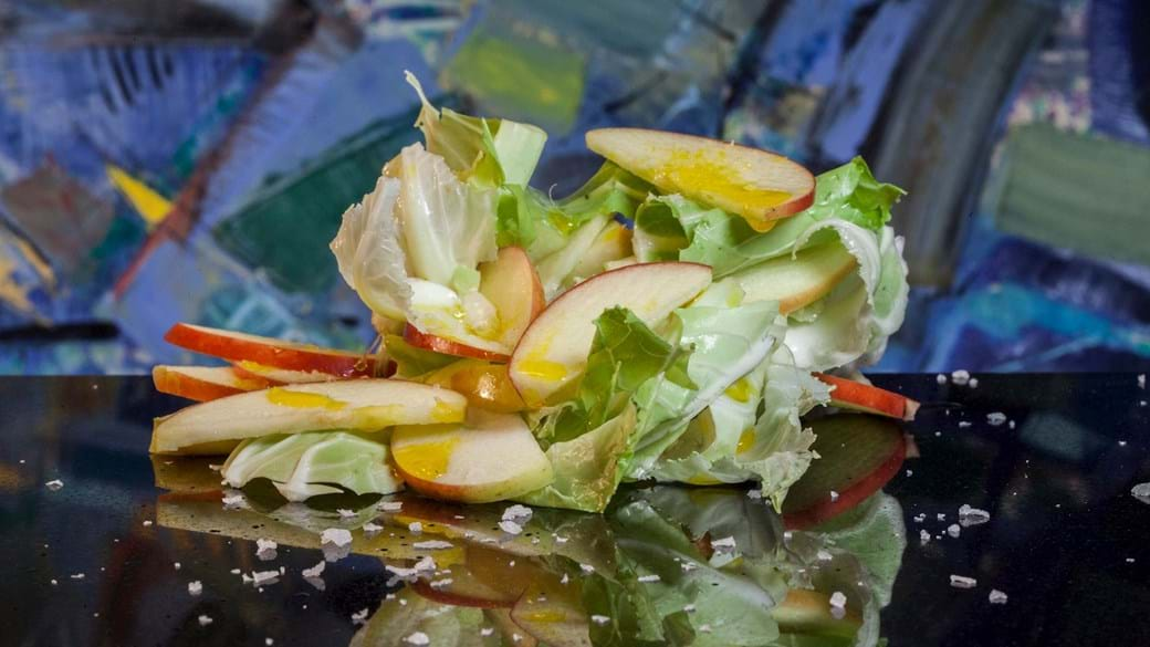 Salat af blomkålsblade