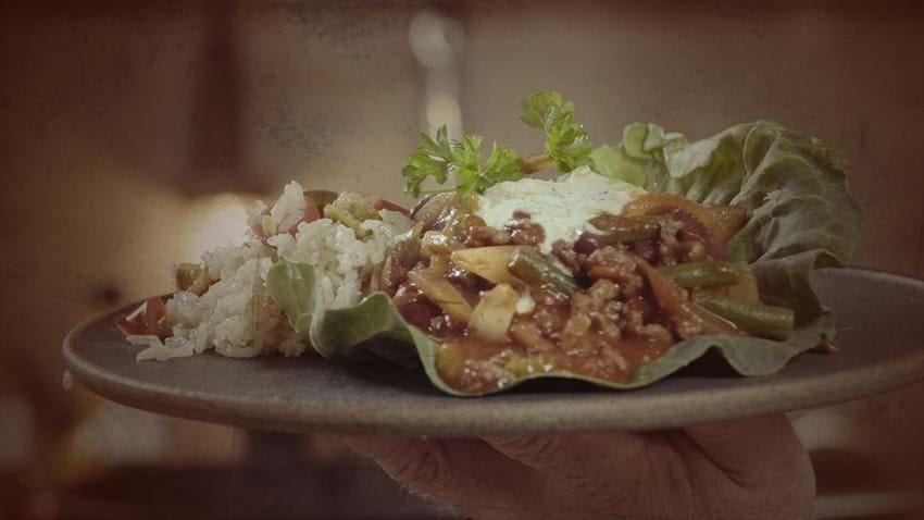 Chili con carne med ris og masser af grønt