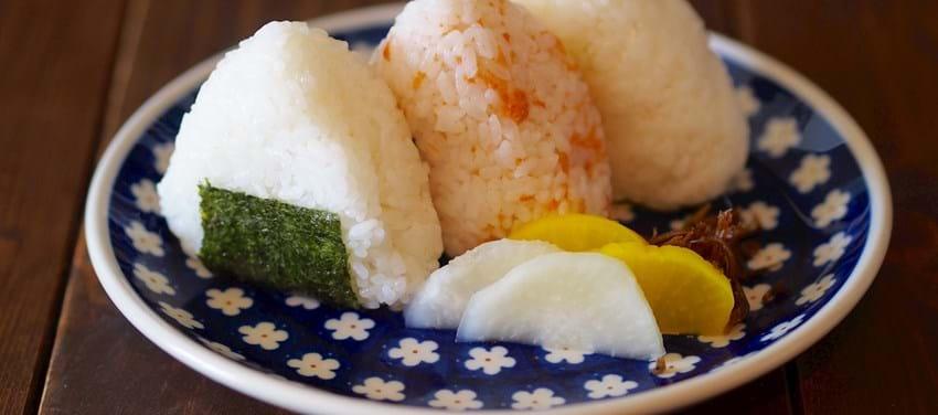 3 slags japanske risboller