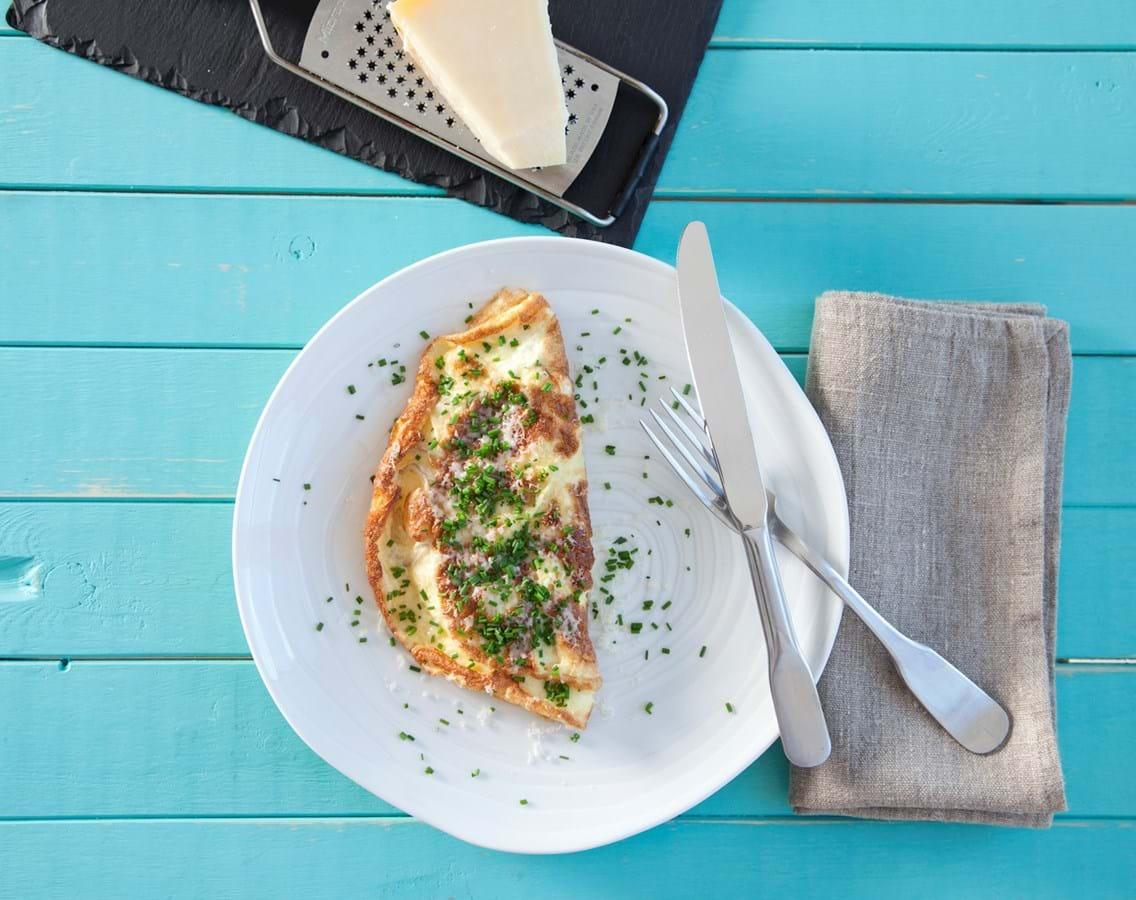 Omelet med ost og purløg