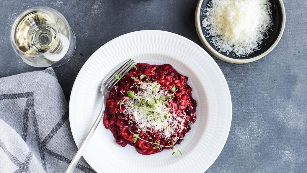 Rødbederisotto med gedeost og timian