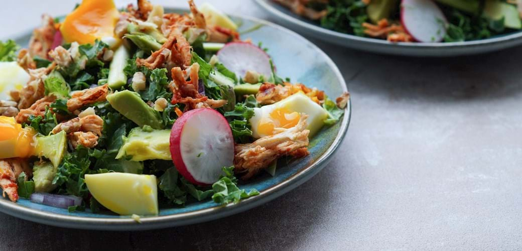 Salat med pulled chicken