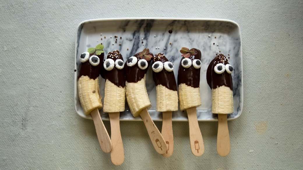 Bananispinde med ansigter