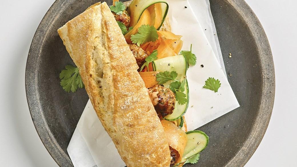 Banh mi - Vietnamesisk sandwich med kødboller
