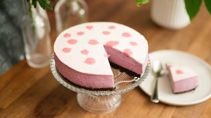 Cheesecake med hvid chokolade og chokoladebund