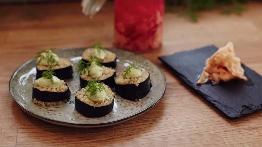 Sushi med quinoa og stegt kylling