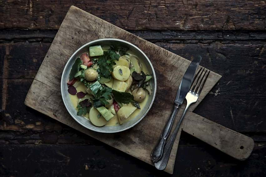 Kartoffelsalat med kærnemælk