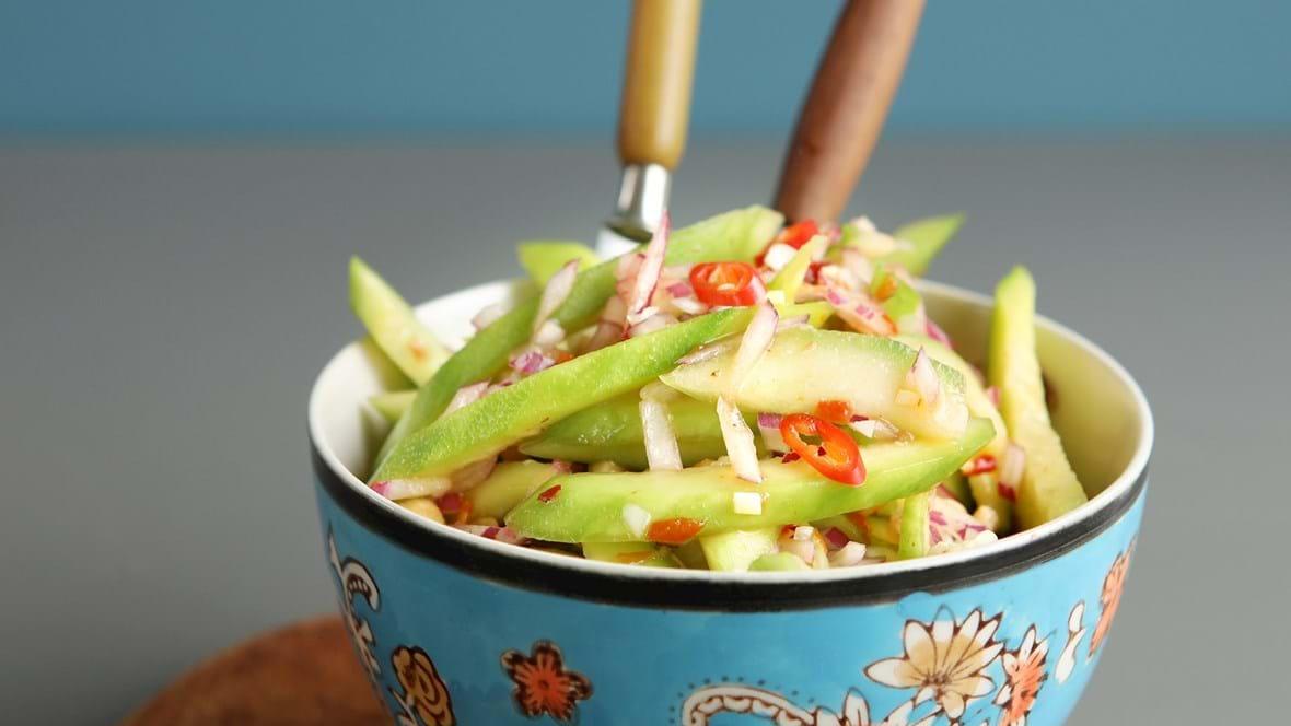 Asiatisk agurkesalat med hjemmelavet marinade