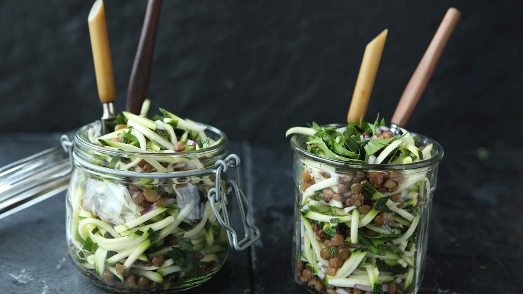 Squashsalat med belugalinser