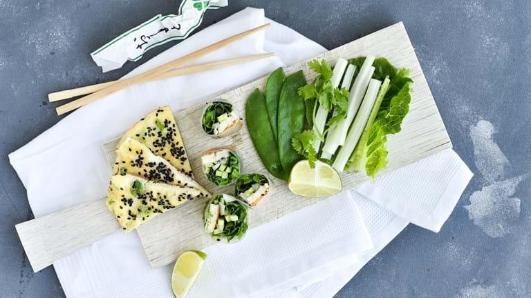 Friske forårsruller med omelet og kinaradise