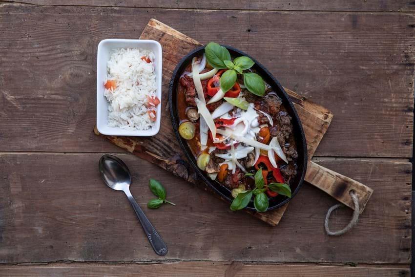 Chili con carne på grillen